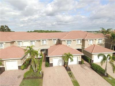 Fort Myers Single Family Home For Sale: 9727 Roundstone Cir