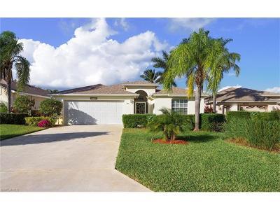 Estero FL Single Family Home For Sale: $274,000