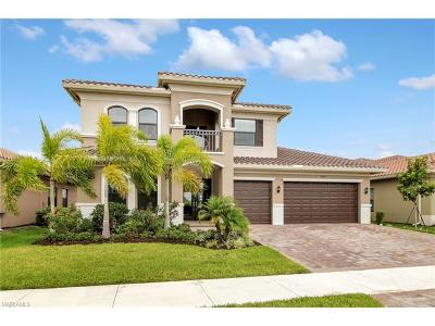 Naples Single Family Home For Sale: 2914 Cinnamon Bay Cir