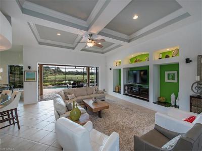 Estero Single Family Home For Sale: 22421 Glenview Ln