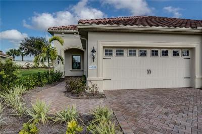 Fort Myers Single Family Home For Sale: 4538 Mystic Blue Way