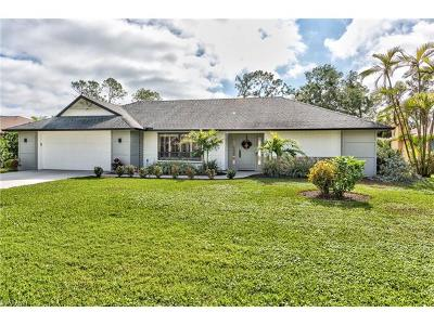 Naples Single Family Home For Sale: 2413 Kings Lake Blvd