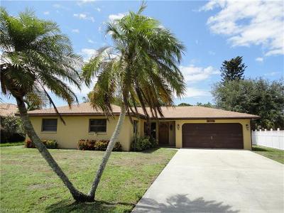 Bonita Springs Single Family Home For Sale: 4822 Regal Dr