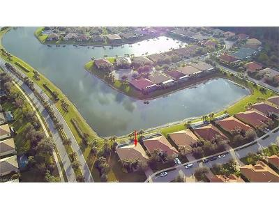 Bonita Springs Single Family Home For Sale: 10355 Yorkstone Dr
