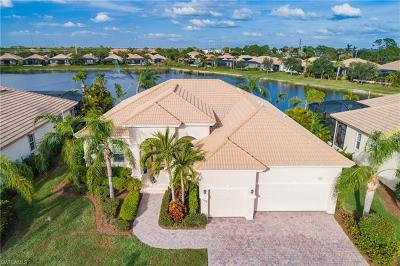 Fort Myers Single Family Home For Sale: 5678 Whispering Willow Way