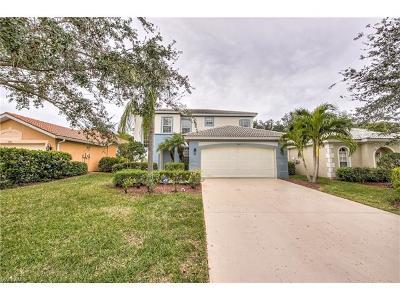 Estero Single Family Home For Sale: 9840 Colonial Walk N