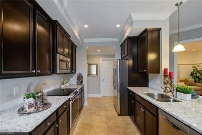 Bonita Springs FL Condo/Townhouse For Sale: $264,999