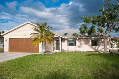 Fort Myers Single Family Home For Sale: 18521 Phlox Dr