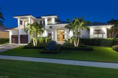 Marco Island Single Family Home For Sale: 951 Hyacinth Ct