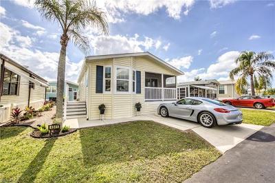 Estero Condo/Townhouse For Sale: 4541 Washington Way E