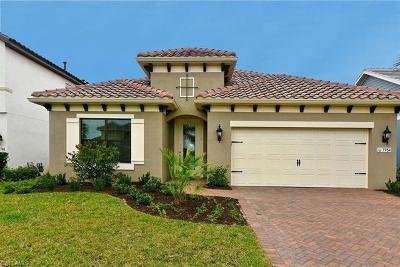 Fort Myers Single Family Home For Sale: 7754 Cypress Walk Drive Cir