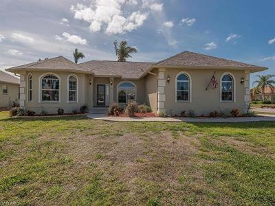 Marco Island Single Family Home For Sale: 363 Columbus Way