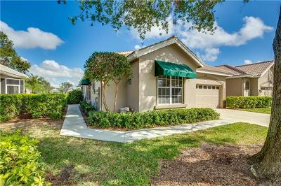 Estero Single Family Home For Sale: 8547 Fairway Bend Dr