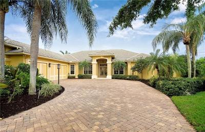 Fort Myers Single Family Home For Sale: 33 Timberland Cir S