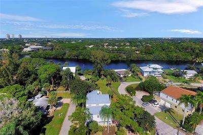 Bonita Springs Single Family Home For Sale: 27601 Riverdale Ln