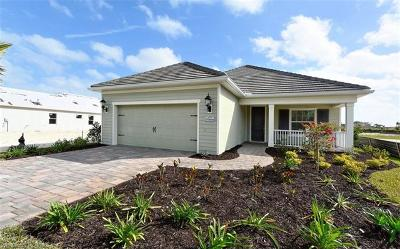 Fort Myers Single Family Home For Sale: 19890 Coconut Harbor Cir