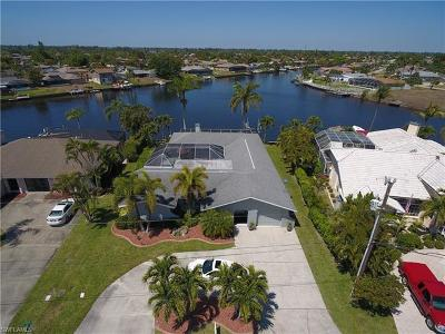 Cape Coral Single Family Home For Sale: 1101 SE 32nd Ter
