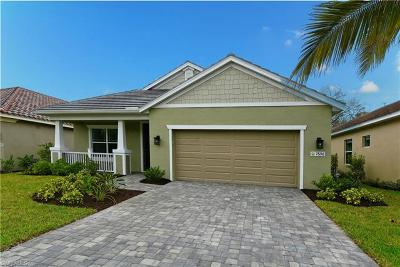 Fort Myers Single Family Home For Sale: 7596 Cypress Walk Drive Cir