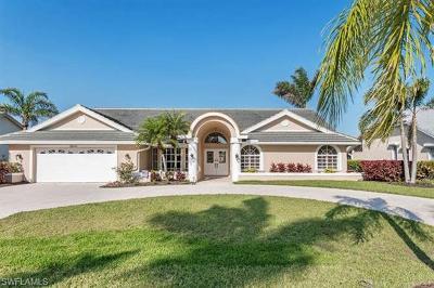 Bonita Springs Single Family Home For Sale: 28430 Sombrero Dr