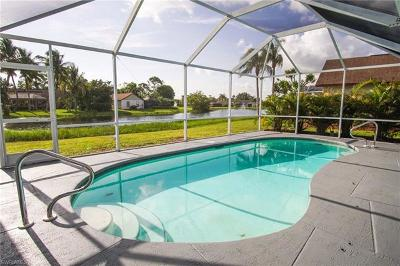 Fort Myers Single Family Home For Sale: 19551 Oak Forest Dr