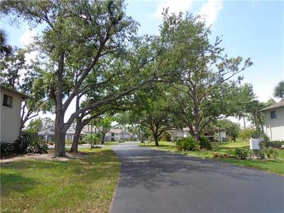 Fort Myers Condo/Townhouse For Sale: 6308 Sugar Bush Ln #A