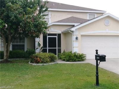 Fort Myers Single Family Home For Sale: 12733 Aston Oaks Dr