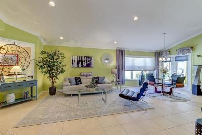 Estero FL Single Family Home For Sale: $284,900