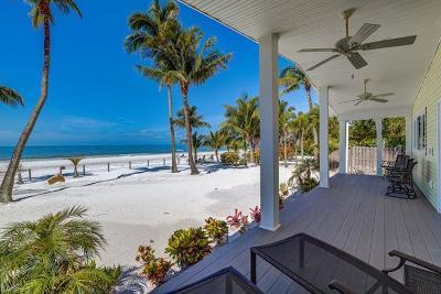 Fort Myers Beach Single Family Home For Sale: 3522 Estero Blvd