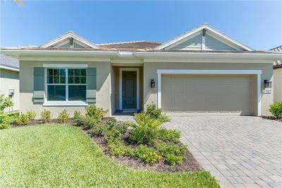 Fort Myers Single Family Home For Sale: 7602 Cypress Walk Drive Cir