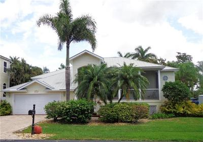 Bonita Springs Single Family Home For Sale: 27141 Brendan Way