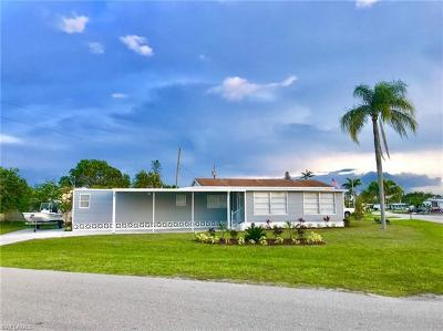Bonita Springs FL Single Family Home For Sale: $147,000