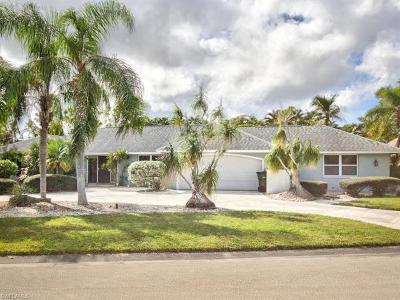 Fort Myers Single Family Home For Sale: 1064 Deep Lagoon Ln