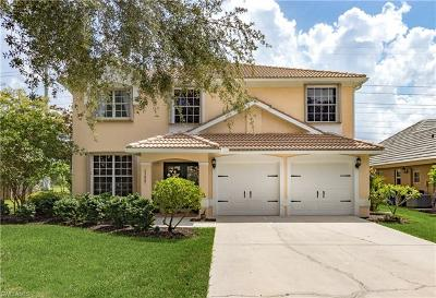 Fort Myers Single Family Home For Sale: 11427 Waterford Village Dr