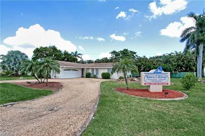 Fort Myers Single Family Home For Sale: 1137 N Town And River Dr