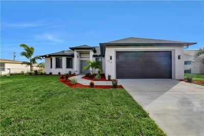 Cape Coral Single Family Home For Sale: 1414 SW 16th Ter