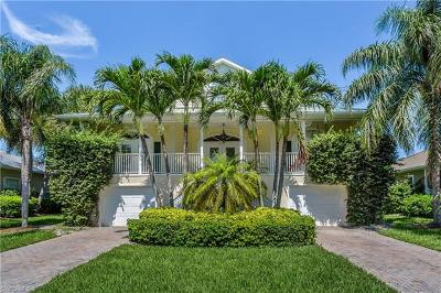 Bonita Springs Single Family Home For Sale: 27170 Flamingo Dr