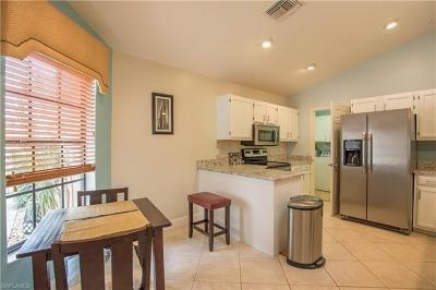 Bonita Springs FL Single Family Home For Sale: $259,900