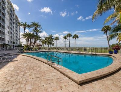 Fort Myers Condo/Townhouse For Sale: 7930 Estero Blvd #707