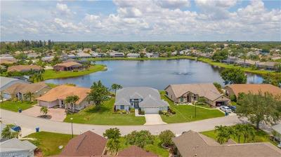 Estero Single Family Home For Sale: 22589 Island Lakes Dr