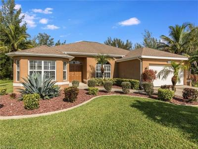 Bonita Springs, Cape Coral, Fort Myers, Fort Myers Beach Single Family Home For Sale: 2218 NW 2nd Ave