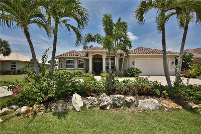 Bonita Springs Single Family Home For Sale: 9813 Alhambra Ln