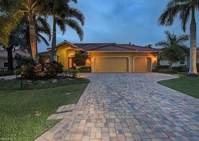 Punta Gorda Single Family Home For Sale: 2172 Deborah Dr