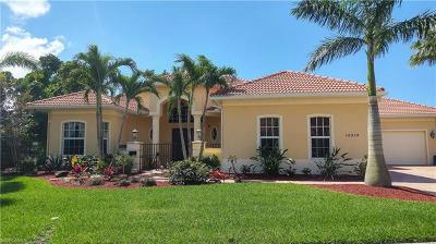Bonita Springs Single Family Home For Sale: 10218 Avonleigh Dr