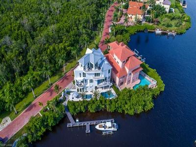 Bonita Springs Single Family Home For Sale: 191 Bayfront Dr