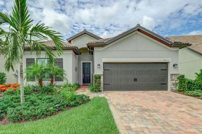 Estero Single Family Home For Sale: 20537 Shady Glen Ct