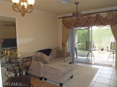 Fort Myers Single Family Home For Sale: 10077 Lone Cypress St
