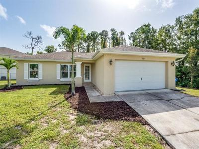 Fort Myers Single Family Home For Sale: 18257 Oriole Rd