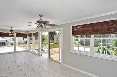 Bonita Shores Single Family Home For Sale: 134 2nd St