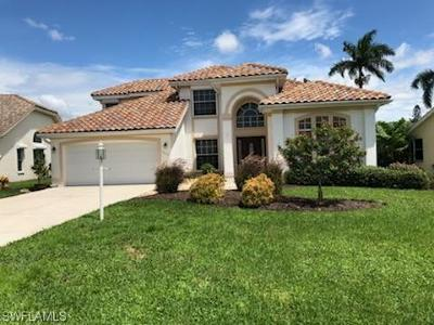 Naples Single Family Home For Sale: 2114 Crown Pointe Blvd E