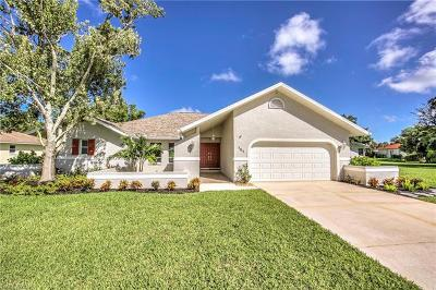 Naples Single Family Home Pending With Contingencies: 151 Oakwood Ct
